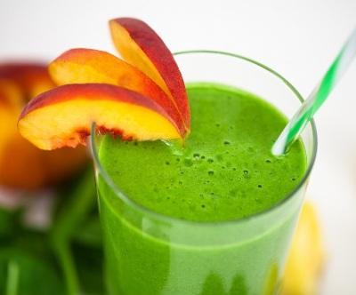 Green Potion With Which The Skin Will Shine. Minuman dengan Sayuran Hijau yang Akan Membuat Kulit Bersinar. Resep green smoothie ini akan secara intensif membersihkan kulit dan melembapkan sel-sel. Penting untuk meminum smoothie segar ini pagi hari sebagai pengganti sarapan biasa.