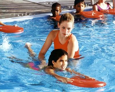 Cara Melatih Berenang Gaya Bebas Yang Baik dan Benar