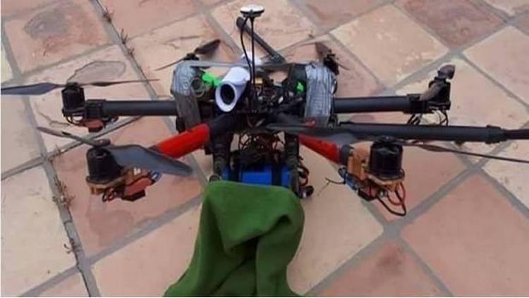Atacan casa de secretario de seguridad de Baja California con dron cargado de granadas.