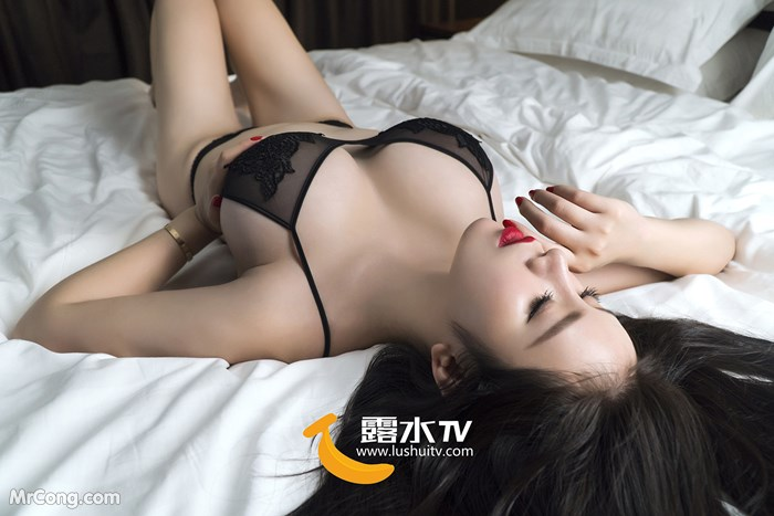 Image LUSHUITV-APP-Dai-Ruo-Xin-MrCong.com-004 in post [LUSHUITV] 露水视频 APP No.001-030: Various Models (266 ảnh + 1 video)