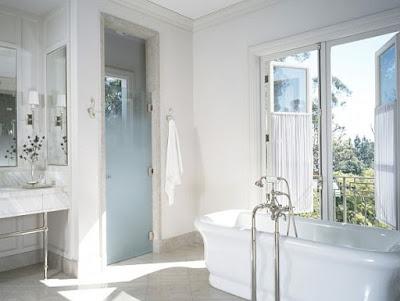 Nhà tắm thông thoáng