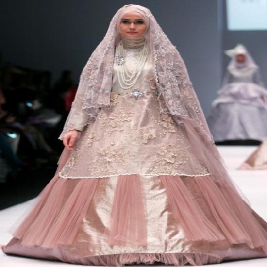 32 Style Gamis Worthwhile Tapi Mewah Untuk Pesta