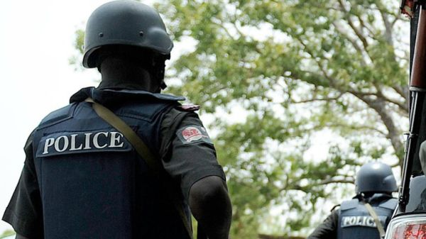 TOO BAD! Policemen Kill SARS Operative In Error After Mistaking Him For A Kidnapper