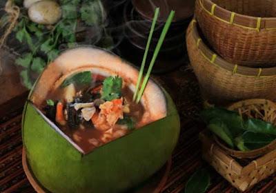 Sup Kelapa Muda