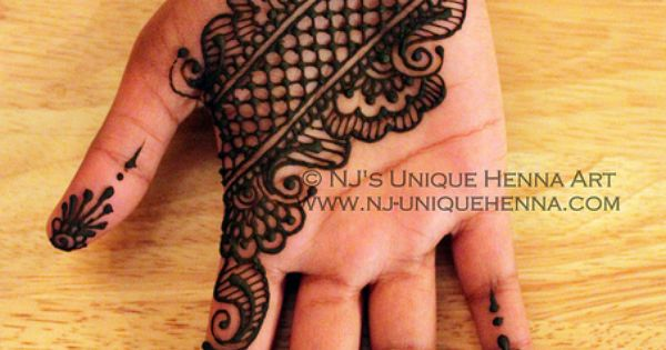 Creative Arabic Eid Henna