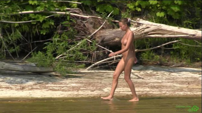 2Clovers - Katya Clover - Nude on the River