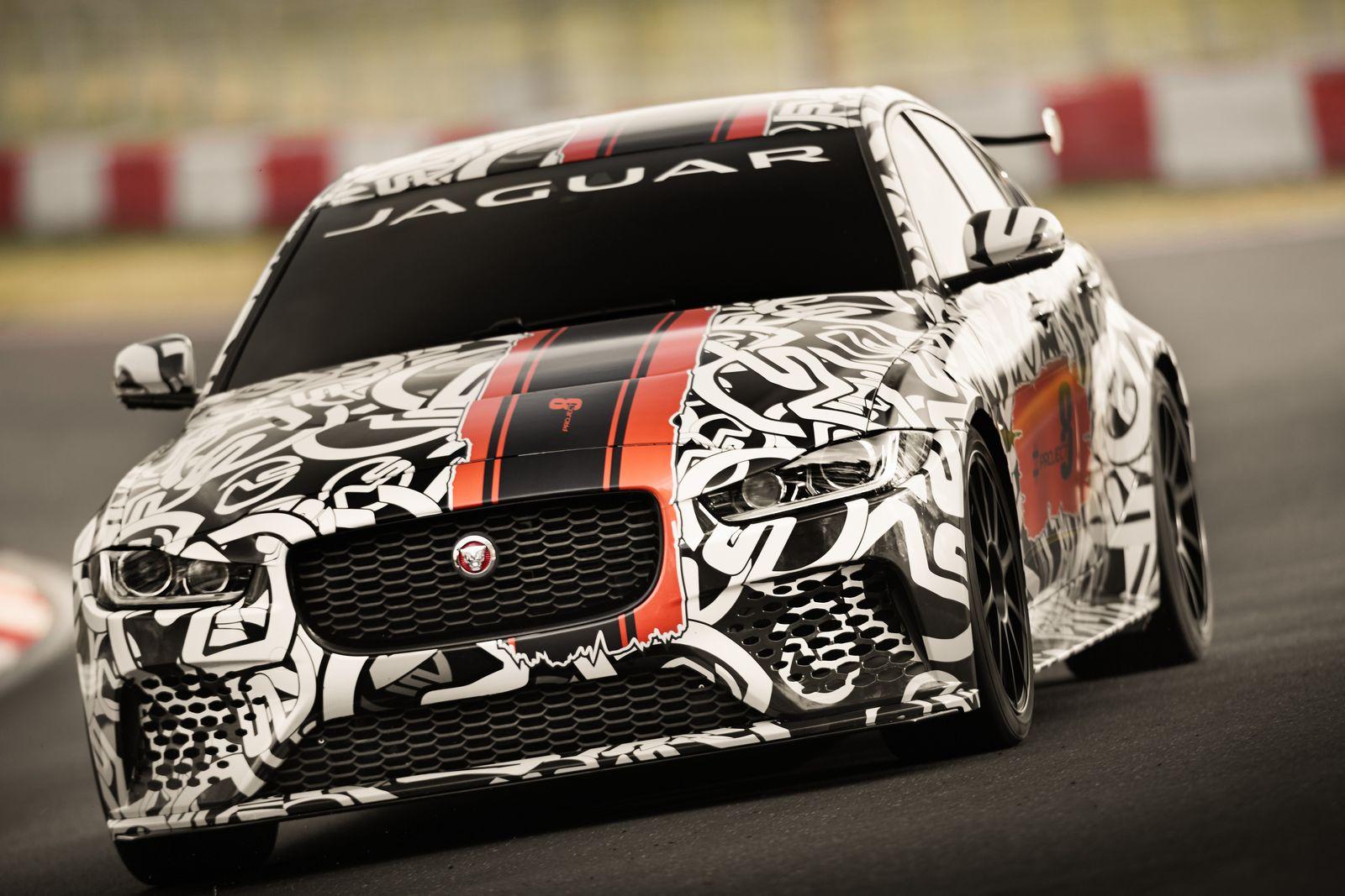 Jaguar-XE-SV-Project-8-2.jpg