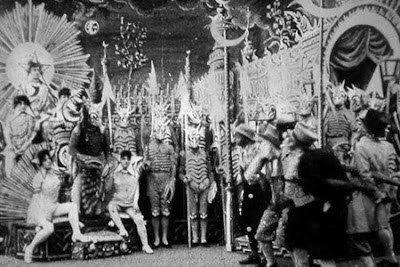 """Путешествие на Луну""  1902 г. реж. Жорж Мельес"