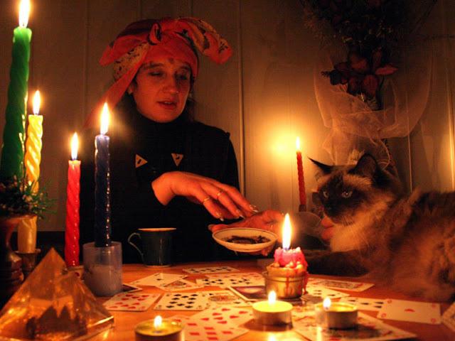 Гадания на Новый год, Рождество и Святки для женщин и мужчин, гадания святочные, гадания новогодние, гадания Рождественские, гадания, Рождество, Святки, Новый год, гадания праздничные, гадания на любовь, гадания на будущее, гадания на суженого, гадания на здоровье, гадания на судьбу, гадания на Старый новый год, магия, ворожба, развлечения, ритуалы праздничные, ритуалы для гаданий, гадания карточные, гадания на Новый год, гадания на Рождество, гадания на Святки, гадания на жениха, гадания на суженого, http://prazdnichnymir.ru/