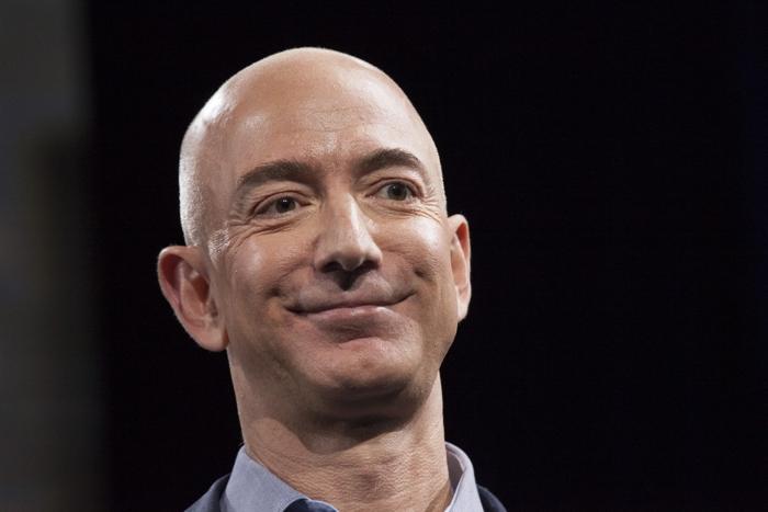 Jeff Bezos se convierte en el hombre más rico de la historia