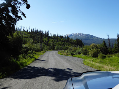 Resultado de imagem para Much of the scenery I saw during our vacation in Alaska was through the windows of moving vehicles.