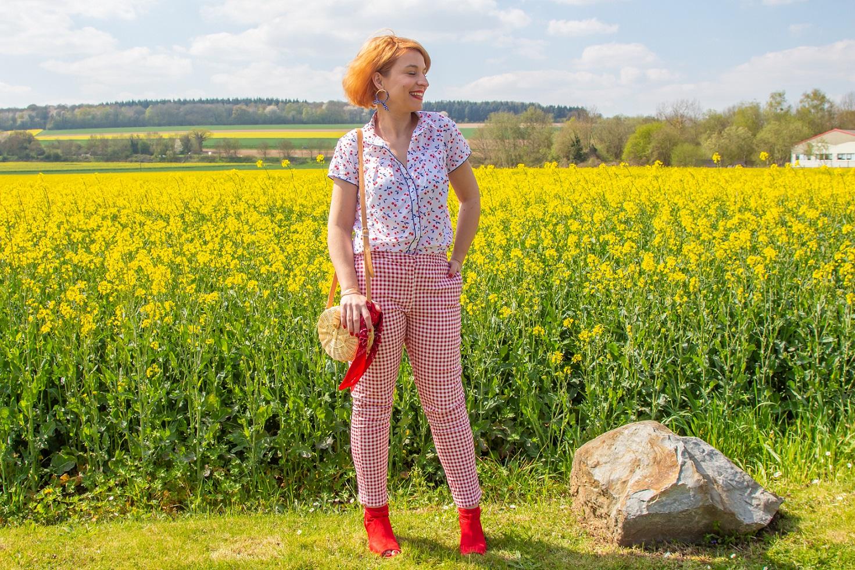 pantalon-vichy-rouge-blanche-porte