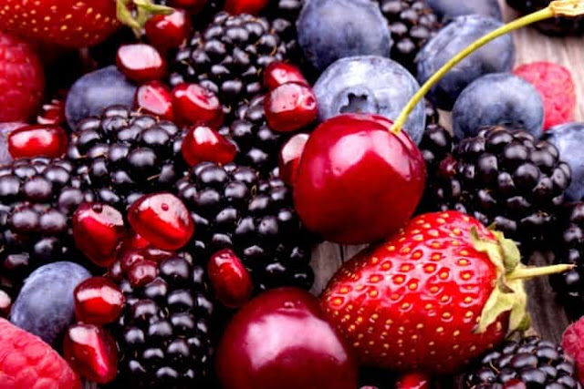 Eat These 9 Foods and Be Blessed With Healthy Eyes