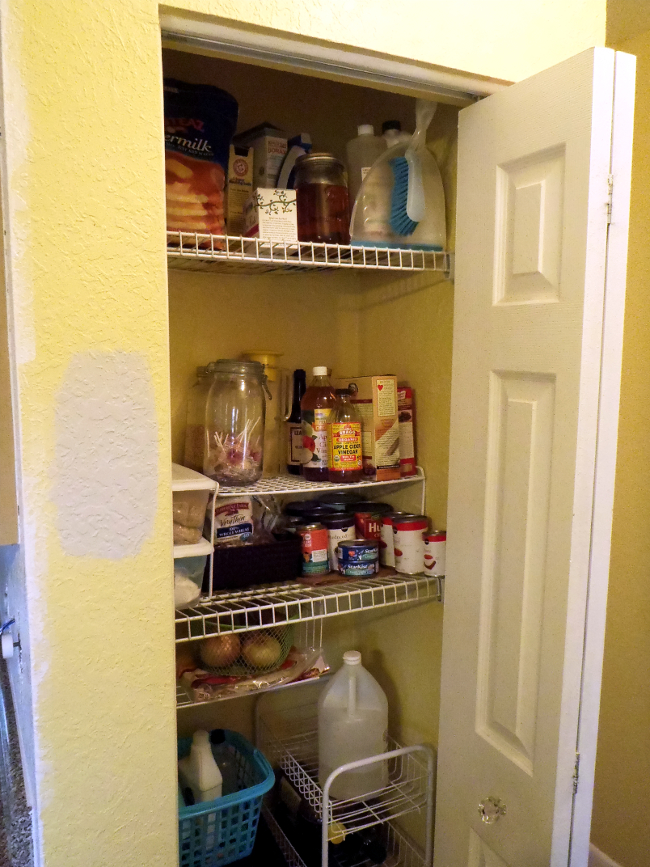 Remember In January I Managed To Re Organization My Kitchen, Including Our  Hallway Closet Turned Pantry? Yeah, You Might Not. Thatu0027s Okay.