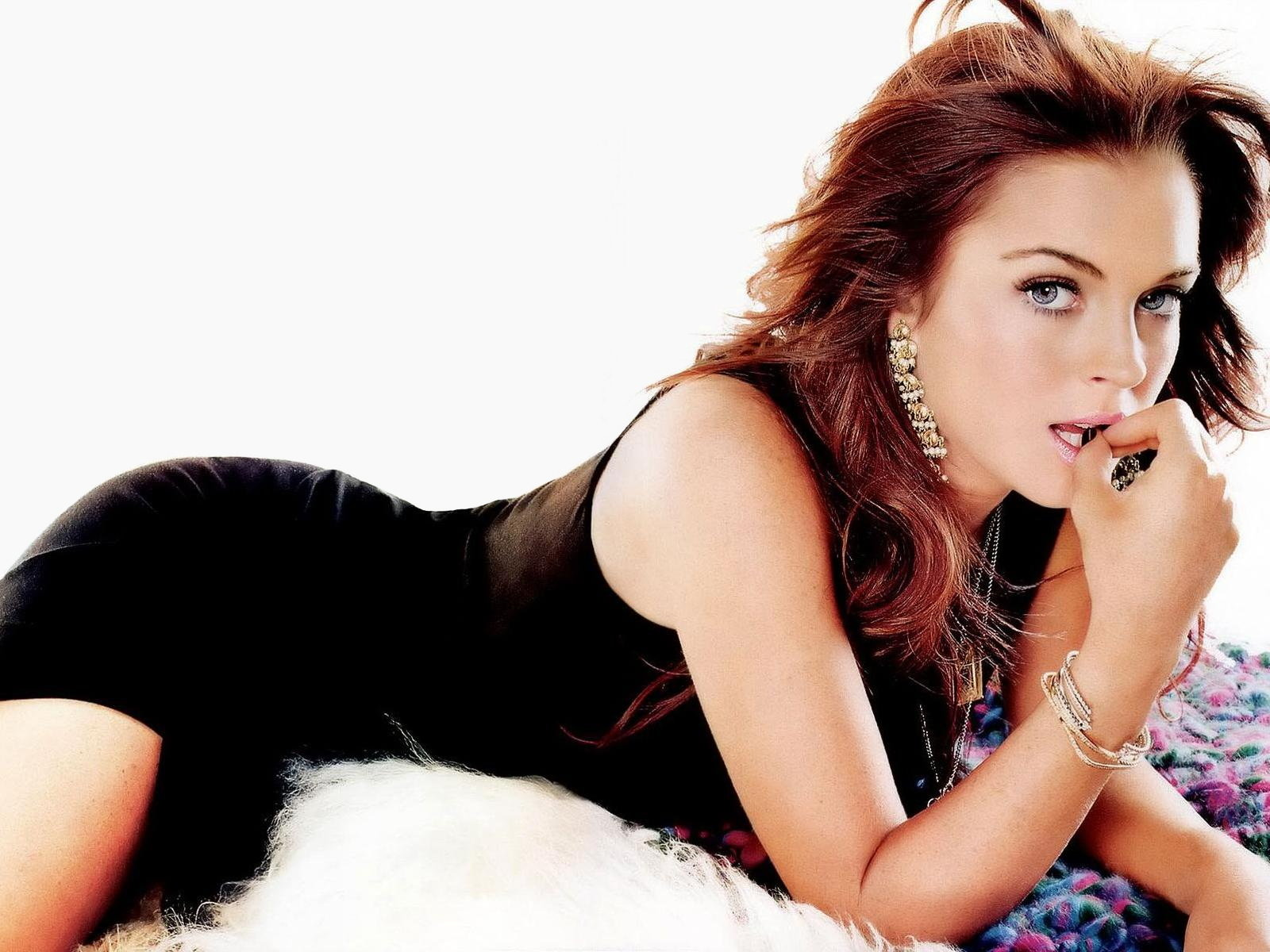 Hollywood Actress Lindsay Lohan Beautiful Wallpapers | Hot Wallpapers