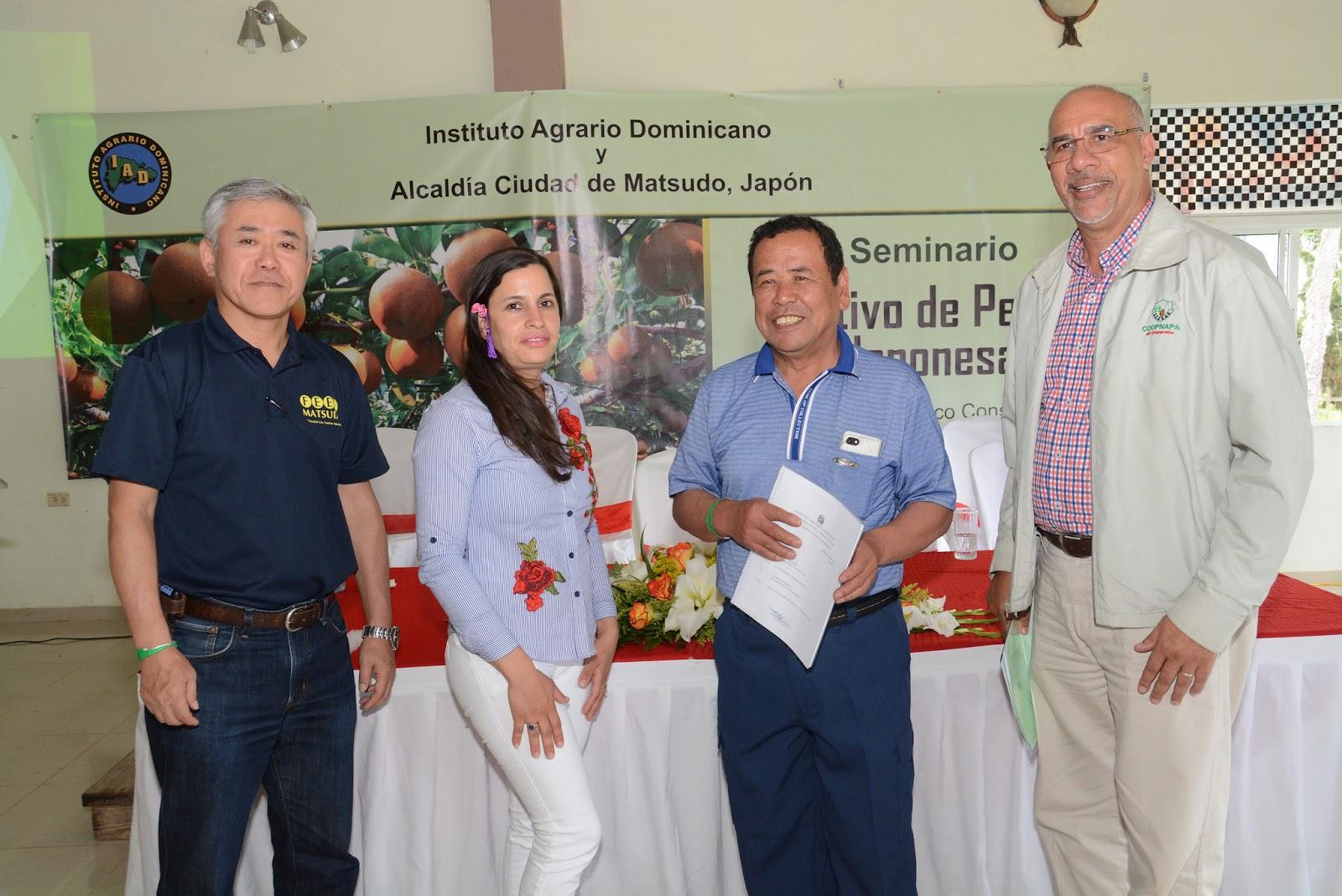 roductores de Constanza participan en seminario sobre cultivo peras japonesas
