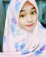 foto Angel Lisandi Putri pakai jilbab hijab kerudung