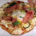 Λαχταριστή πίτσα στο τηγάνι με βάση chips πατάτας (video)