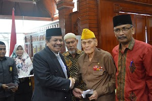 Pemerintah Aceh Santuni 70 Keluarga Pahlawan