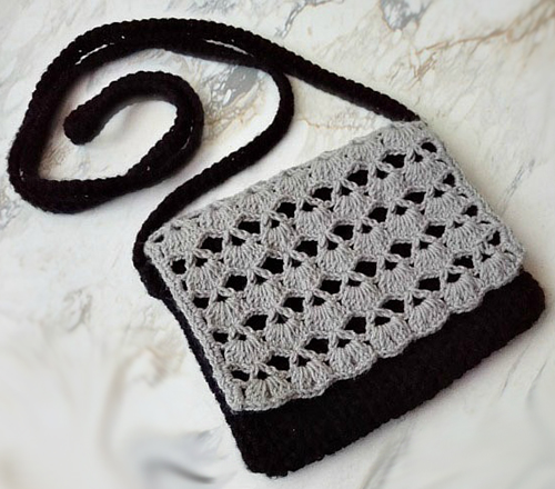 Piyumi's Crossbody Bag - Free Pattern