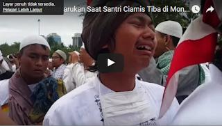 Video : Detik-Detik Mengharukan Santri Ciamis Tiba di Monas Pada Aksi 212 - Commando