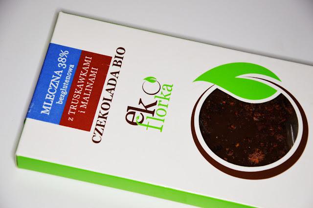czekolada z truskawkami i malinami bio, ecoflorka, mleczna czekolada bio