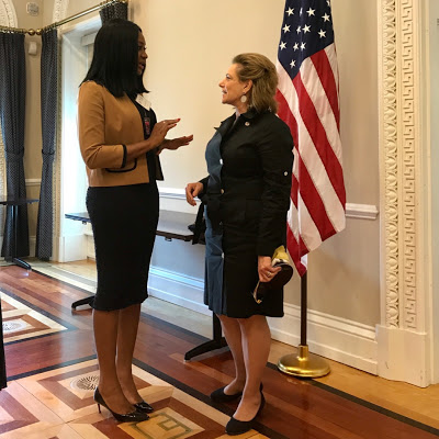 Photo : Sandra Ankobiah Visits White House