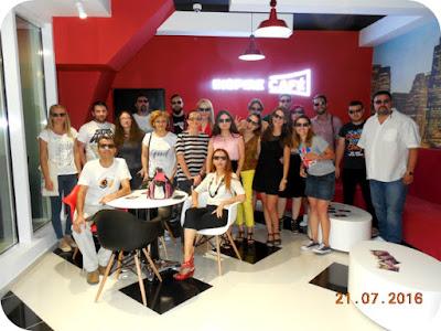 poza de grup cu bloggerii craioveni