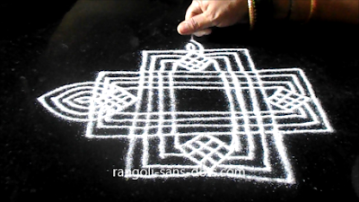 Traditional-rangoli-designs-801ae.jpg