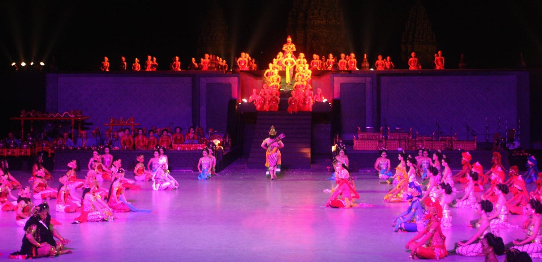 Bentuk Akulturasi Kebudayaan Nusantara Dan Hindu Buddha Muttaqin Id