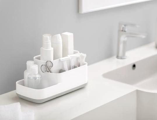 Jak utrzymać porządek w małej łazience?