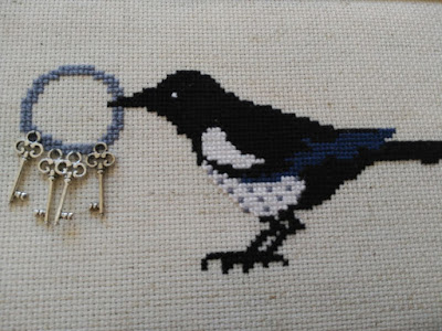 punto cruz, cross stitch, point croix, madame chantilly, llaves, keys, clés