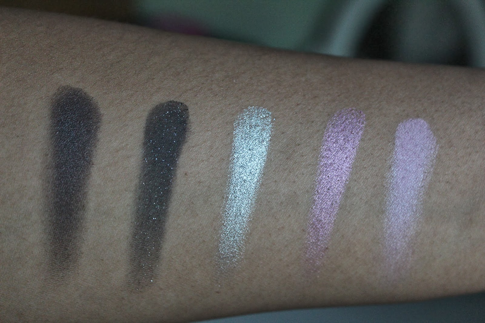 Urban Decay Vice 2 Swatches; Smokeout, Lovesick, Shellshock, Coax & X-Rated