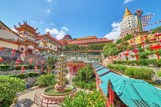 Kek Lo Si Temple In Malaysia