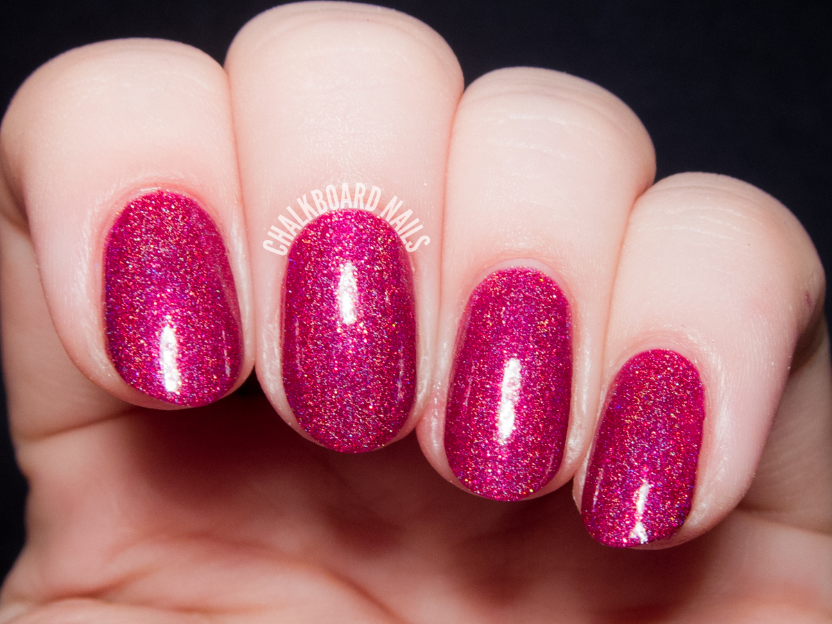 Girly Bits Too Hot For Pants via @chalkboardnails