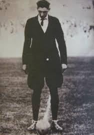 من هو الحكم الذى أدار نهائى كأس العالم فى النسخة الأولى عام 1930