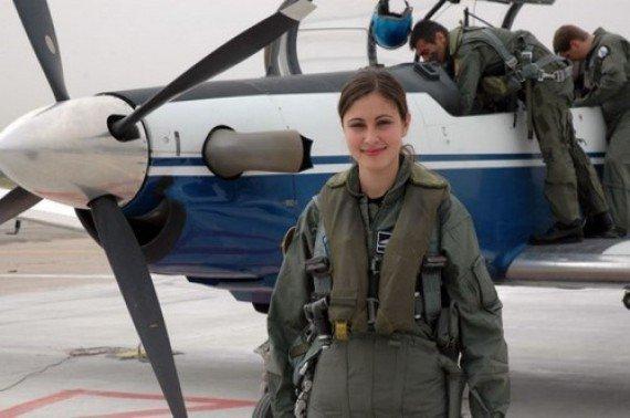 تعرّفوا على الجيوش النسائية الأكثر جاذبية في العالم