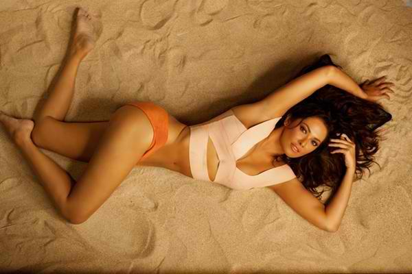 Ruffa Gutierrez In Sexy Swimsuit For Belo Billboard -3273