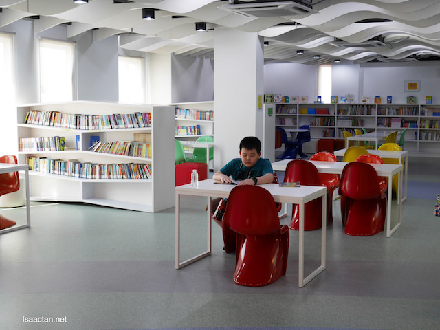 I wish I had this library to go to when I was young