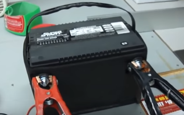 Ez Battery Reconditioning dans Electronics EZ-Battery-Reconditioning-Method-Video-Frame3