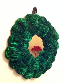 yeşil el yapımı güllü dekoratif ayna
