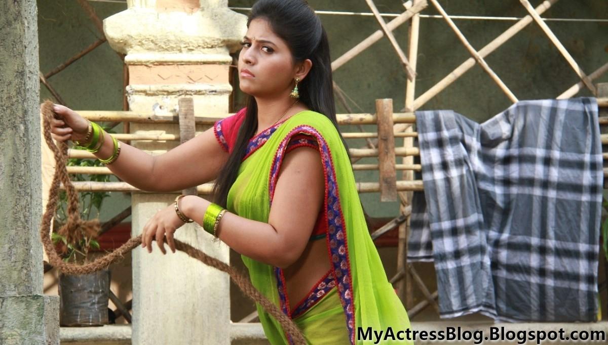 Varalaxmi Sarathkumar And Anjali Hot Navel And Cleavag