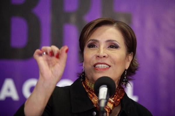 """SI ganan 5 mil pesos mensuales no  tienen motivo para """"quejarse"""": Rosario Robles."""