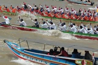 Wisata Olahraga Musi Triboatton 2016 diramaikan 16 Tim Dayung