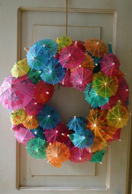Ideias-de-guirlandas-para-decoracao-de-carnaval-havaiana