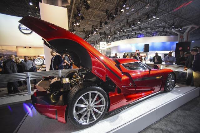 Nuevo auto híbrido deportivo Koenigsegg Regera