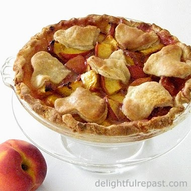 Peach Pie for Two / www.delightfulrepast.com