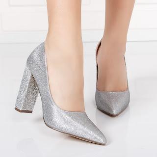 Pantofi dama Kerkil argintii cu gliter si toc gros