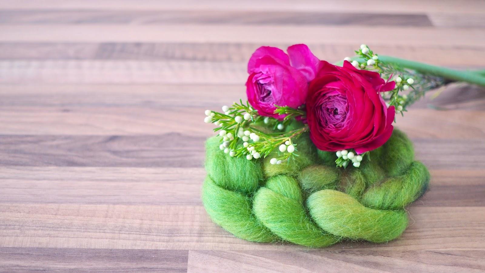 Wolle färben mit simplicol – Kammzug Bergschafwolle grün handgefärbt