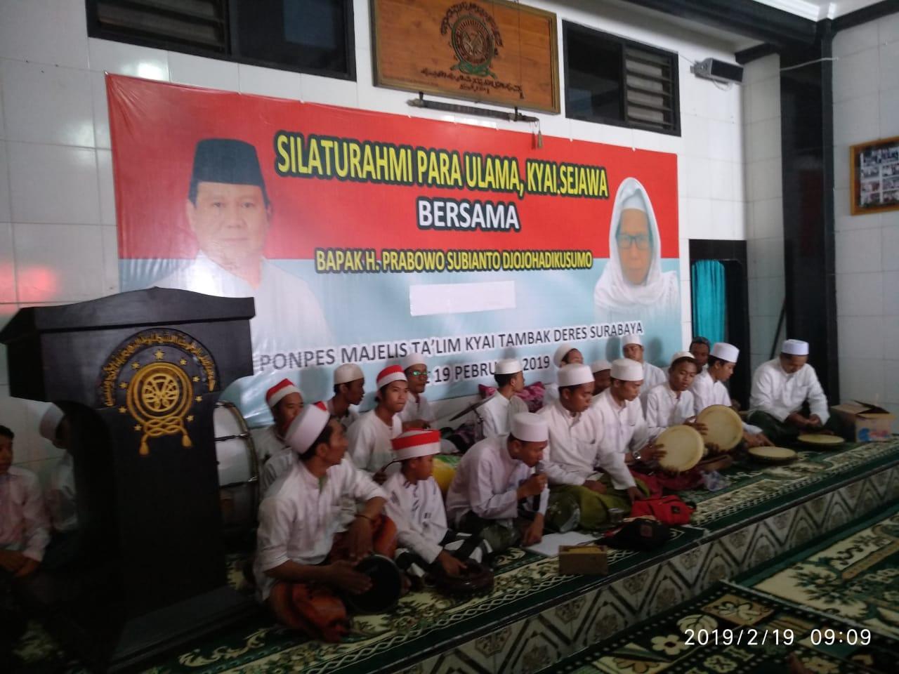 Dihadang Segelintir Oknum, Begini Sambutan Masyarakat Asli Surabaya Kepada Prabowo